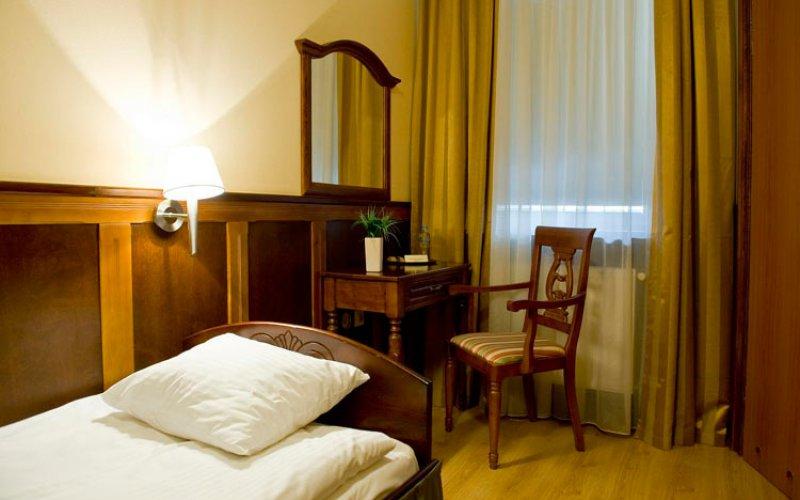 hotel-5.jpg